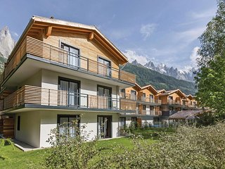 Awesome home in Chamonix w/ WiFi, Outdoor swimming pool and 1 Bedrooms
