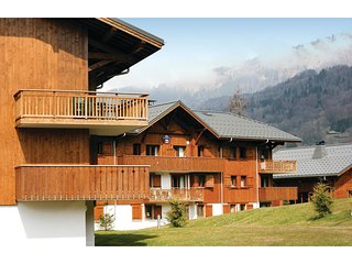 Amazing home in Samoens w/ 1 Bedrooms