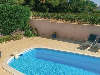 Nice home in Cessenon sur Orb w/ Outdoor swimming pool, WiFi and 3 Bedrooms