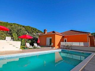 3 bedroom Villa in Donje Sitno, Croatia - 5772795