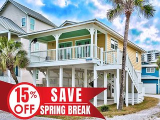 20% OFF Now - 4/6/19! Updated Cottage w/ Pool Just Steps 2 Beach + VIP Perks!