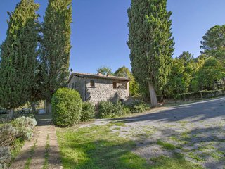 2 bedroom Apartment in Vetriolo, Latium, Italy - 5772789