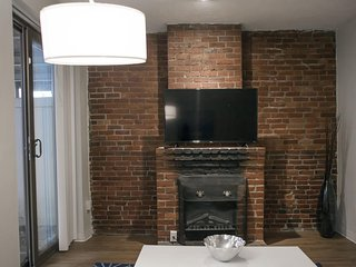Back Bay Condos 1BD/1BA 3