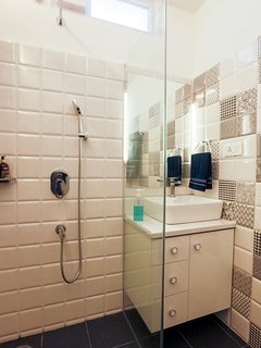 2nd Floor bedroom's ensuite bathroom with rain shower