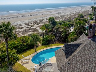 7 Dinghy-Enjoy this high-finish remodel- OCEANFRONT
