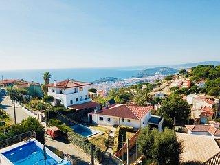 Villa de lujo Investingspain con vistas al mar, piscina y jacuzzi
