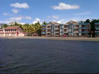 20 steps from beach! 1 br fully A/C, WiFi, beachfront apartment