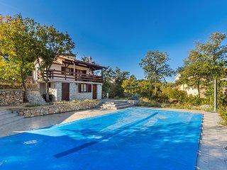 Sehr schones Ferienhaus mit Pool und Meerblick fur 5 Personen