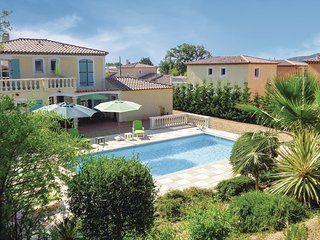 Nice home in Roquebrune sur Argens w/ 4 Bedrooms and WiFi (FCV691)