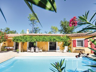 Amazing home in Fayence w/ WiFi and 3 Bedrooms