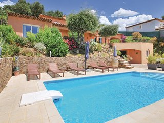 Beautiful home in La Londe les Maures w/ WiFi and 3 Bedrooms