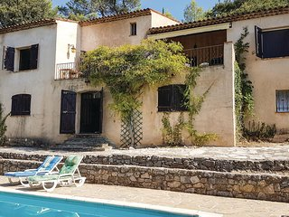 Awesome home in Montauroux w/ WiFi and 4 Bedrooms