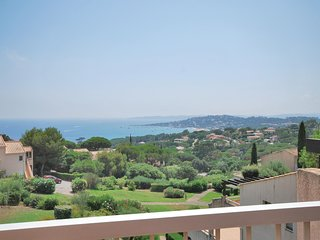 Amazing home in Ste Maxime w/ 1 Bedrooms