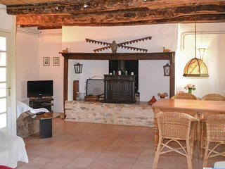 Awesome home in Labastide-Murat w/ WiFi and 2 Bedrooms