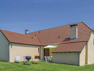 Nice home in Montfaucon w/ 3 Bedrooms
