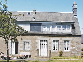 Nice home in Champ du Boult w/ 3 Bedrooms (FNC027)