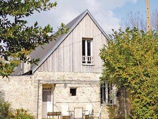 Nice home in St. Germain du Pert w/ 3 Bedrooms