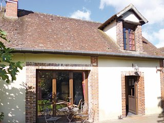 Beautiful home in Breux sur Avre w/ WiFi and 1 Bedrooms