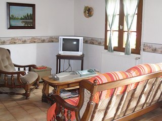 Beautiful home in Hames Boucres w/ WiFi and 3 Bedrooms