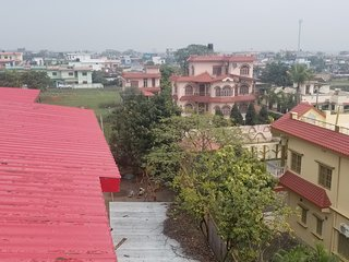 6BHK House Second Floor for Rent with High-Speed Internet