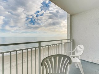 Newly Upgraded Oceanfront Tides Condo