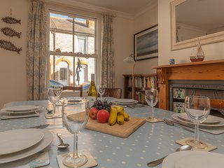 Sea Holly Cottage - 3 bedroom cottage in centre of Whitstable!