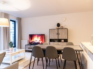 Antwerp City Center 2BR Furnished Flats