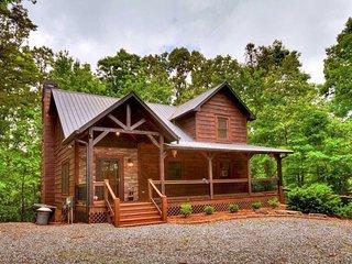Lightning Bug Lodge at Coosawattee River Resort!