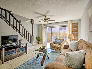 NEW! Tampa Townhome w/ Pool Near Top Attractions!