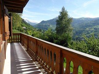 Chalet cosy proche du centre avec vue sur les montagnes