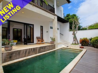 2 Bedroom Villa 15 Min Driving to Bingin Beach'
