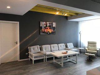 Teodoroiu 5 Apartament