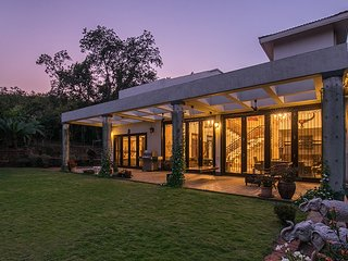 Shiraz Villa by Vista Rooms