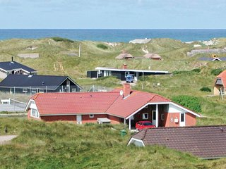 Nice home in Ringkøbing w/ Sauna, WiFi and 4 Bedrooms