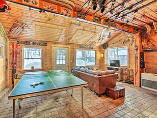 NEW! Lost Marbles Retreat by Cranmore Mtn Resort!