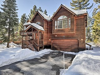 Tahoe Vista Family Cabin, 7 Mi to Northstar Resort