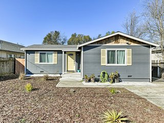 NEW! Modern Oak Park Home w/ Patio Near Downtown!