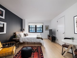 Intimate Studio in Midtown East by Sonder