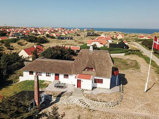 Stunning home in Skagen w/ WiFi and 6 Bedrooms (A01250)
