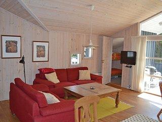 Nice home in Skagen w/ Sauna, WiFi and 4 Bedrooms