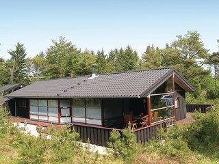 Beautiful home in Ålbæk w/ Sauna and 3 Bedrooms