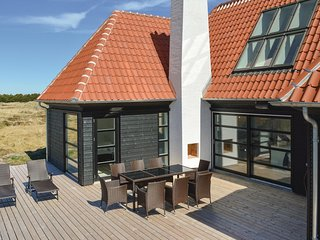 Nice home in Skagen w/ Sauna, WiFi and 4 Bedrooms (A01990)