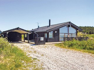 Awesome home in Hjorring w/ Sauna, WiFi and 3 Bedrooms
