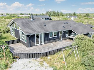 Amazing home in Hjorring w/ Sauna, WiFi and 4 Bedrooms