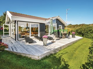 Amazing home in Hjørring w/ WiFi and 3 Bedrooms (A06489)
