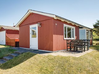 Nice home in Hjørring w/ WiFi and 2 Bedrooms (A06518)