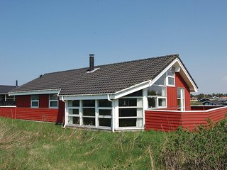 Beautiful home in Hjørring w/ Sauna, WiFi and 3 Bedrooms
