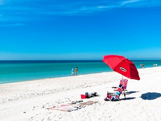 AMI Dreaming- Beach Front Condo With Stunning Views Of The Gulf Of Mexico!