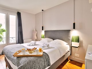Family apartment 'Buttes Chaumont'(832)