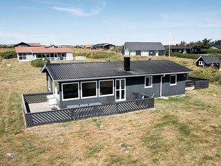 Nice home in Løkken w/ WiFi and 3 Bedrooms